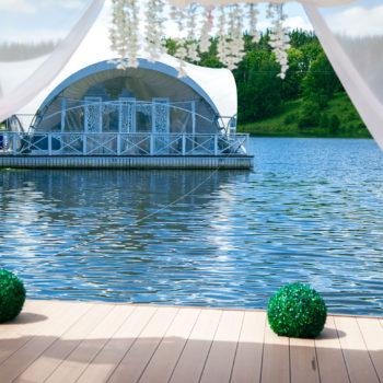 Парк-отель Мечта. Озеро